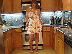 Crossdresser, Kitchen, Dress, Vintage straight crossdress, Xhamster